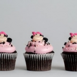 Minnie Mouse Face Cupcakes