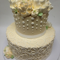 Classic 2 Tier Ivory Dots