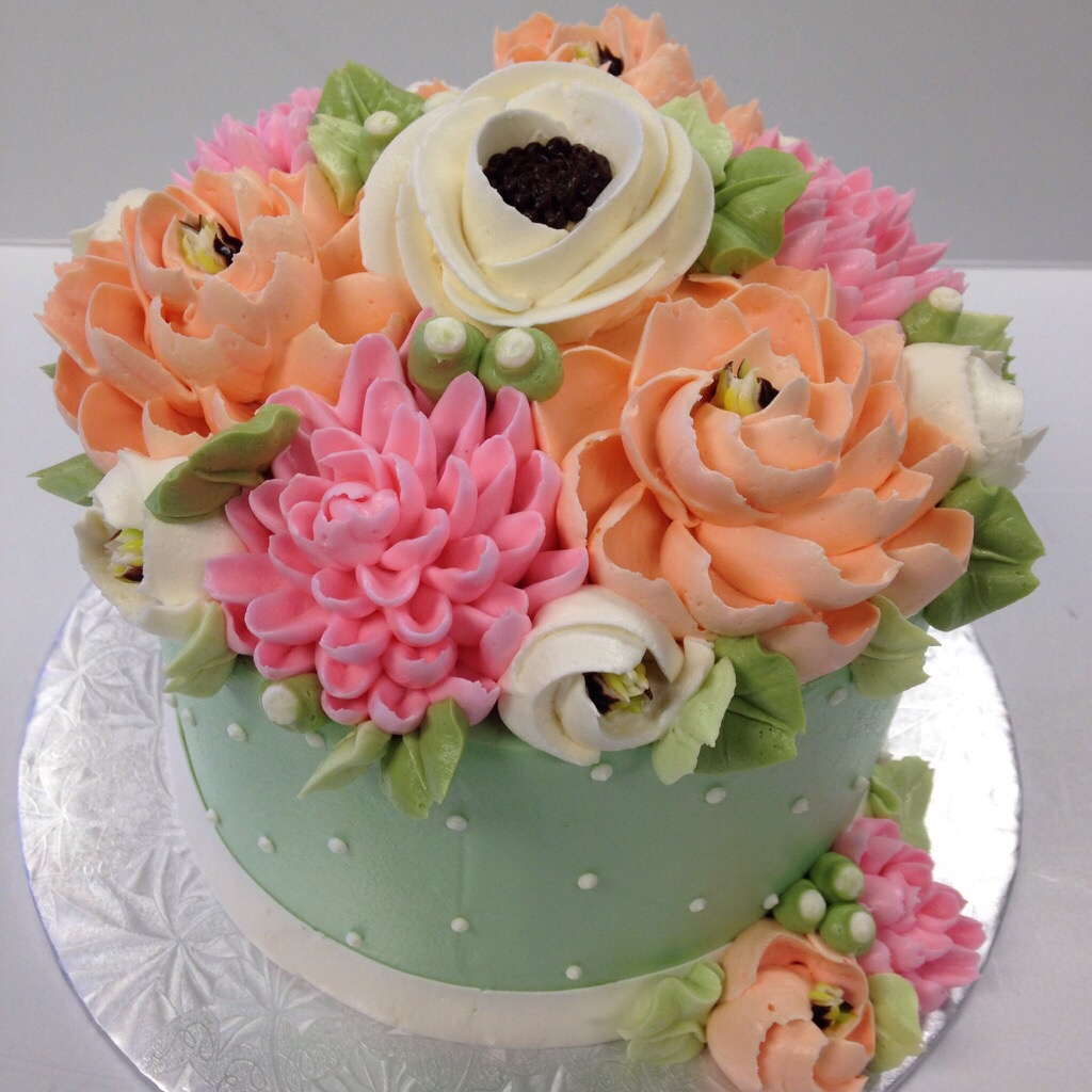 Whats trending in buttercream cake designs white flower cake shoppe buttercream floral cakes photo 1 izmirmasajfo