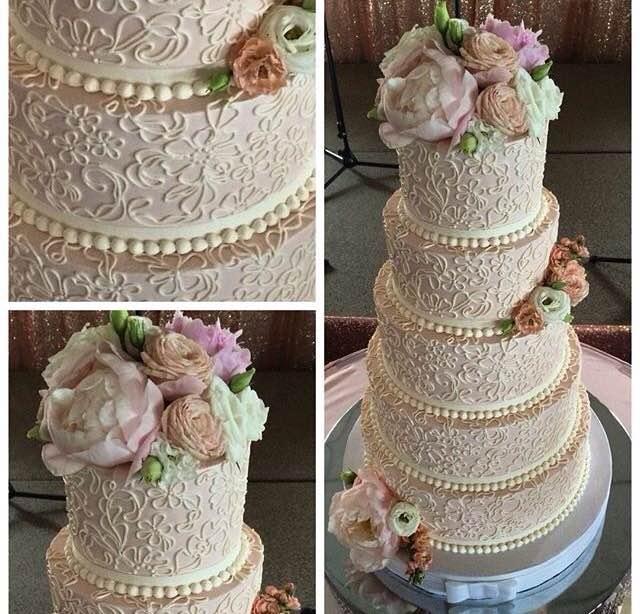 White Flower Wedding Cake: White Flower Cake Shoppe