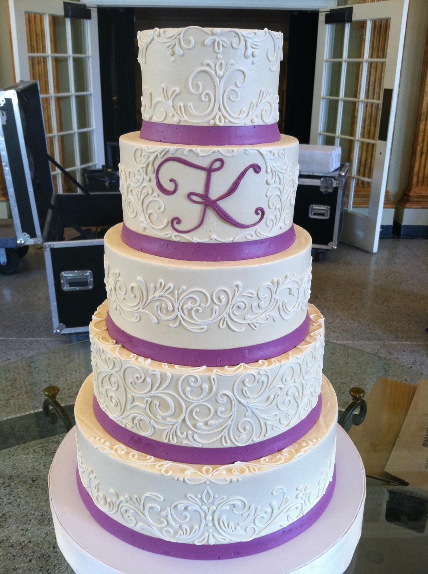 Elegant cake white flower cake shoppe the kyle mightylinksfo