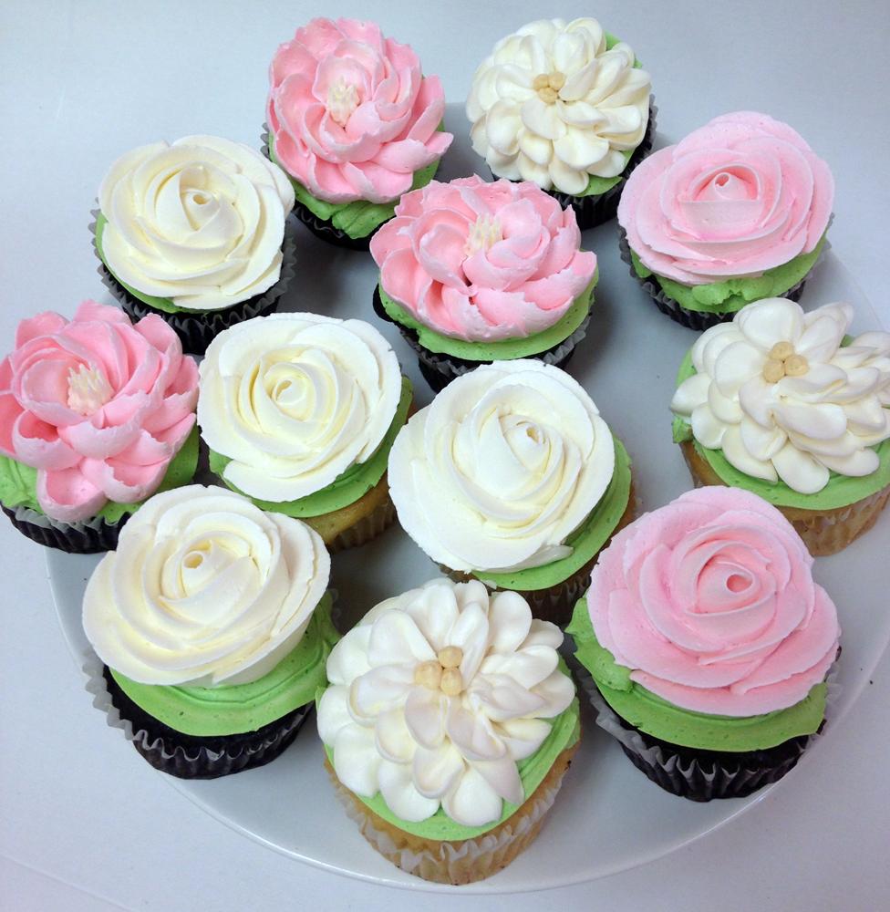 Elegant Cake White Flower Cake Shoppe