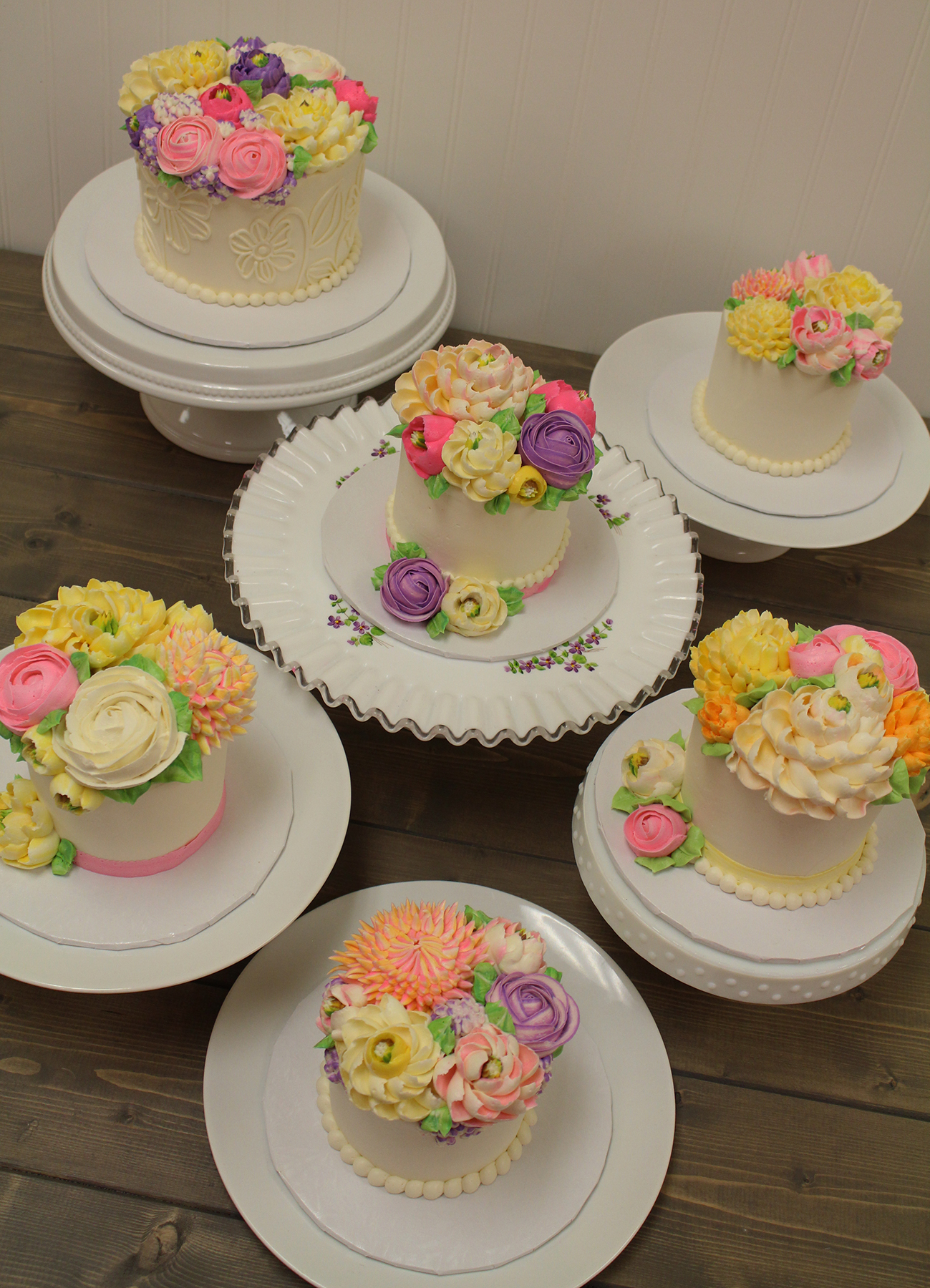 white flower cake shoppe news from the shoppe white flower cake shoppe cupcakes 1327